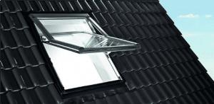 Výsuvně-kyvná střešní okna