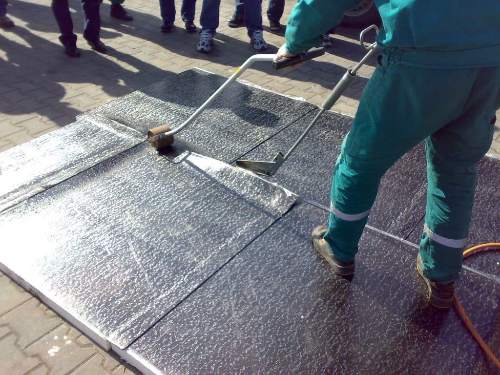 pokladka asfaltovych pasu